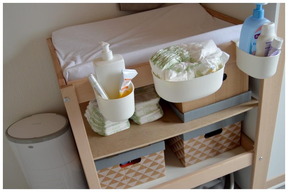 la toilette les soins et le change de b b mon. Black Bedroom Furniture Sets. Home Design Ideas